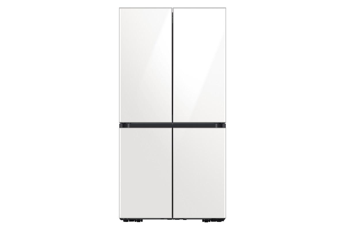 Сделанный на заказ 4-дверный холодильник Flex, который помогает потребителям достичь желаемого образа жизни за счет гибких, индивидуальных предложений.